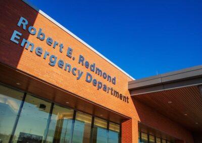 Niagara Health Services Exterior Emergency Sign