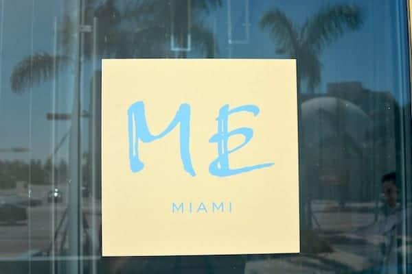 ME Miami Entry Sign Modulex