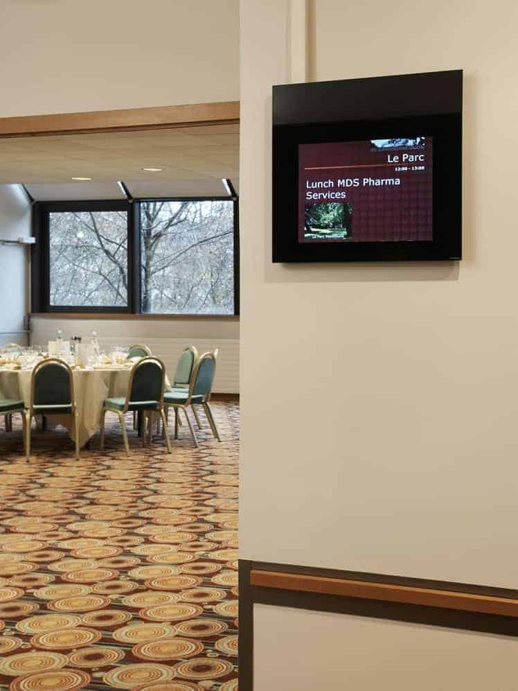 Digital signage display 5